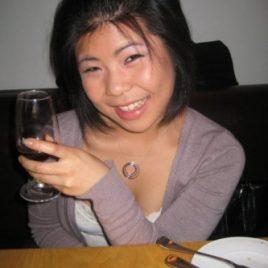 Sex mit einer Asiatin im Bett