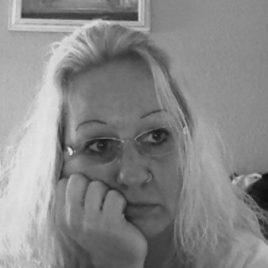 Oma Sex, bin verwitwet & wohne alleine